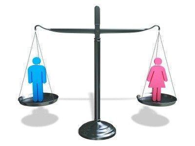 【悲報】女さん「最近の男女平等はおかしい。重い荷物は男が運ぶべき」 ←これwwwwwww