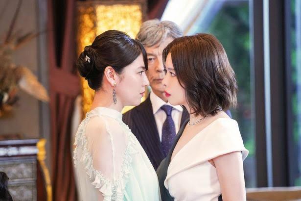 【画像】長澤まさみとビビアン・スーのガンの飛ばし合いワロタ